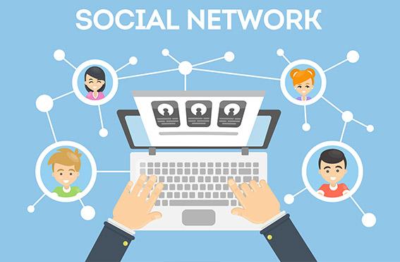 Social-Media-Reiter-und-Schweiger